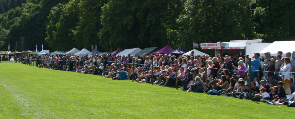 Spectators crammed in to watch the world caber tossing championships, waiting to the bitter end to see who would take the title. Photograph: Kevin McGlynn