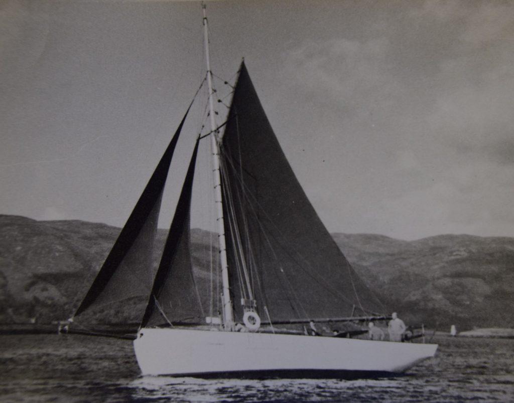 The Fulmar - home port Tighnabruaich
