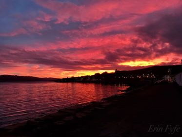Inveraray with a pink sky, by Erin Fyfe