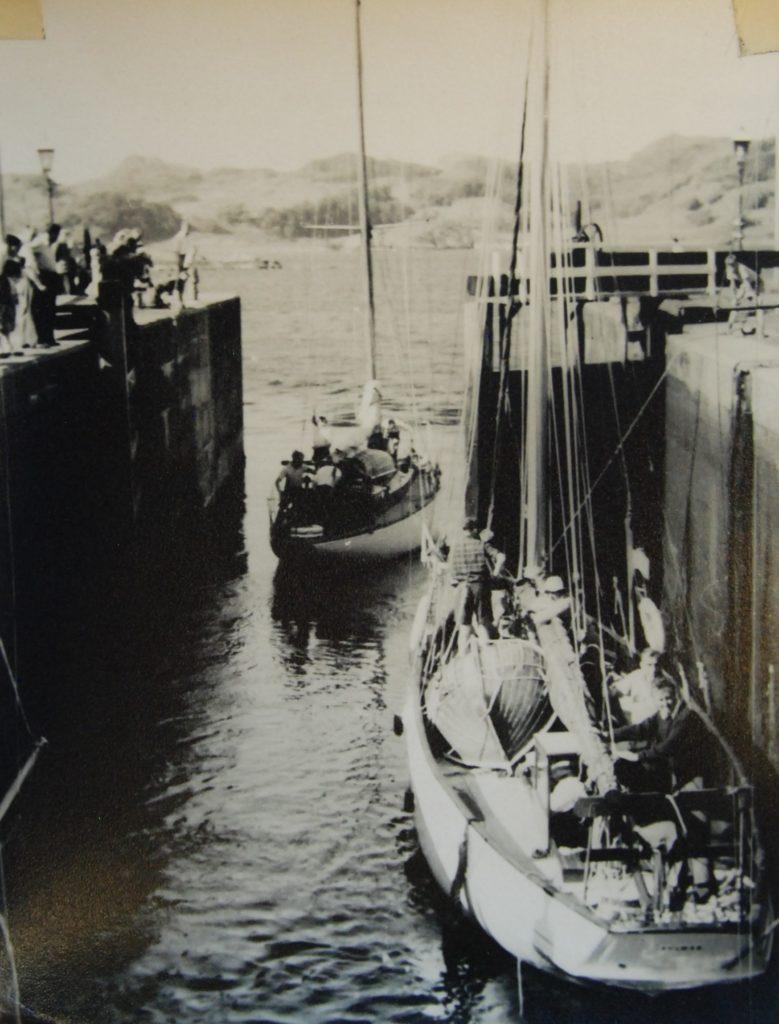 'Fulmar leaves the sea lock'