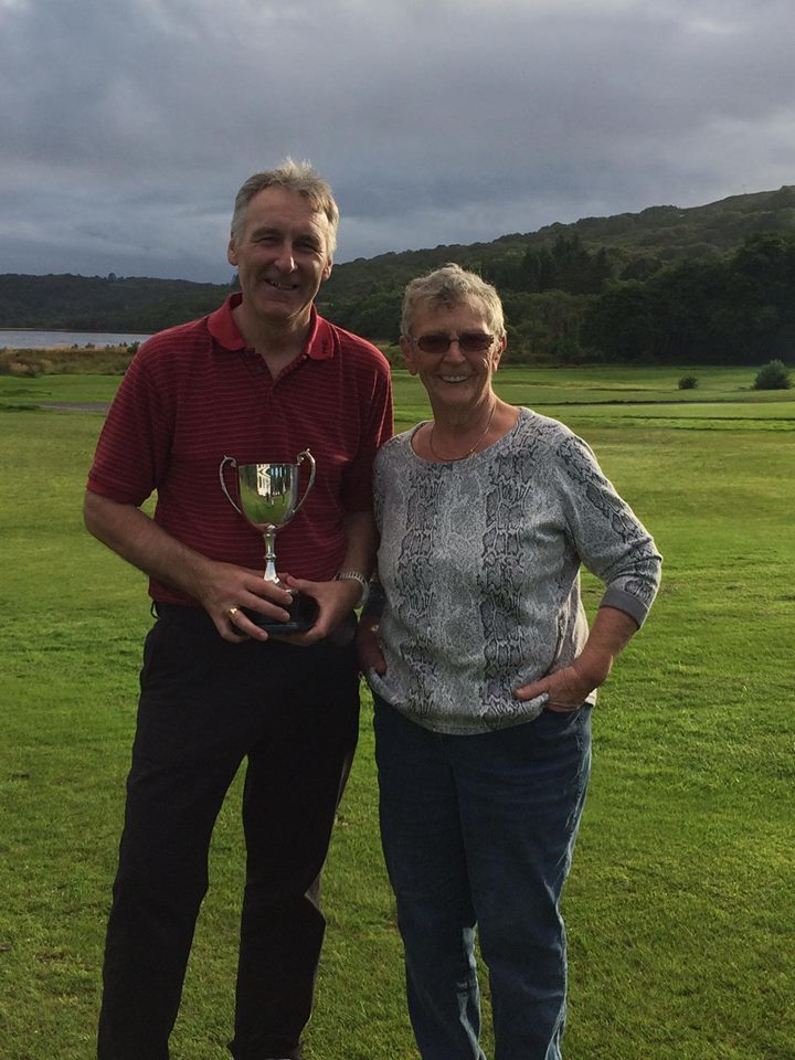 Peter leads the way at James Mundell Open