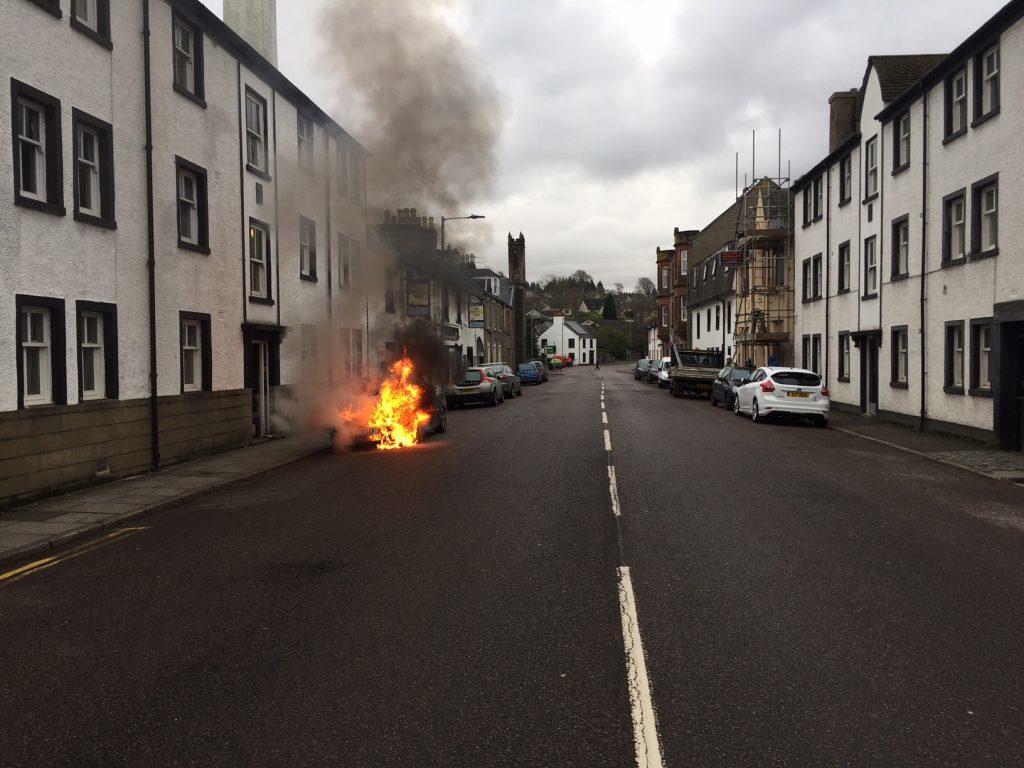 Car fire drama closes Lochgilphead trunk road