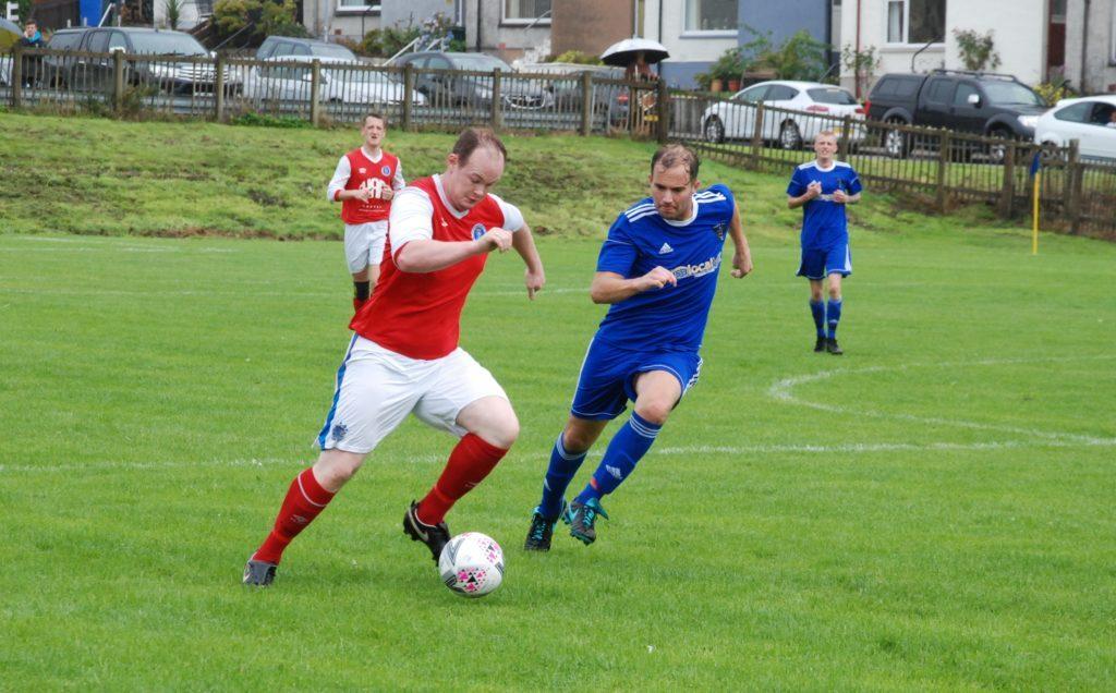 Star kick off with fine Ferguslie win