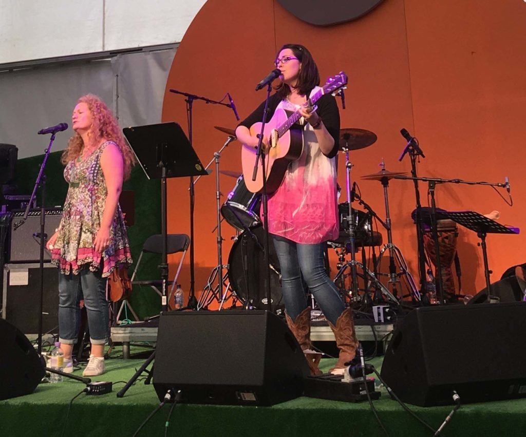 MOJO – Musical delight with The Brambelles