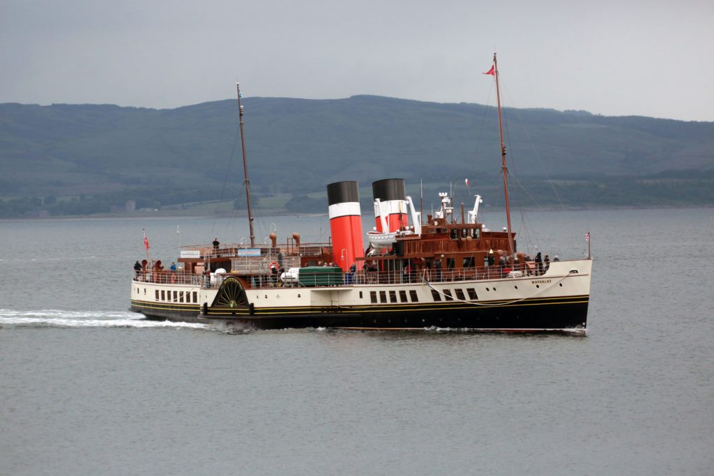 Full steam ahead as Waverley makes for Ardrishaig