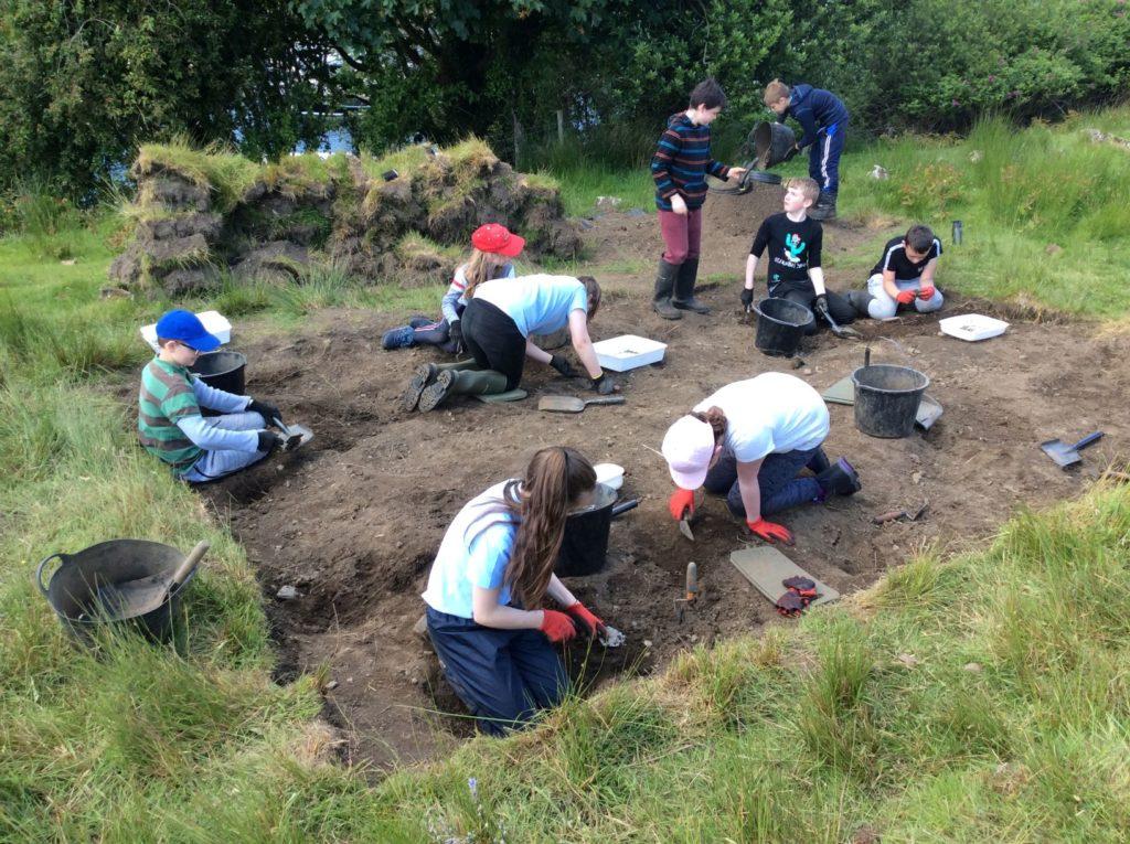 Pupils join the Tarbert dig