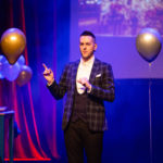 Billy Reid will bring his unique magic show to Tayvallich