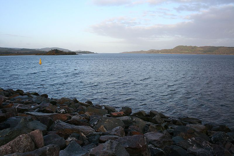 Strange noises now reported from West Loch Tarbert