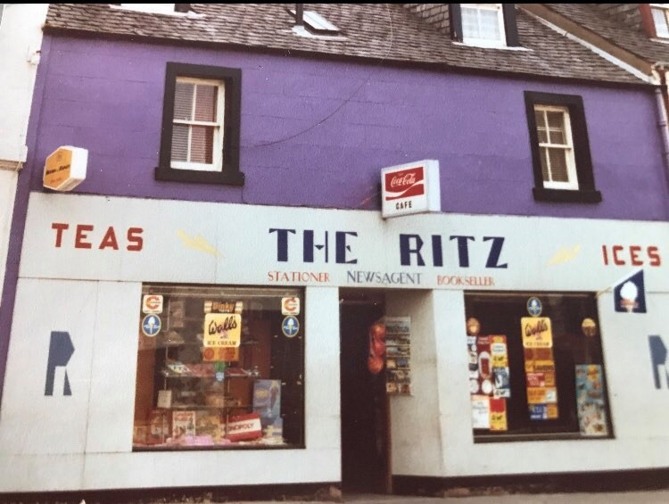 Puttin' on the Ritz in Ardrishaig