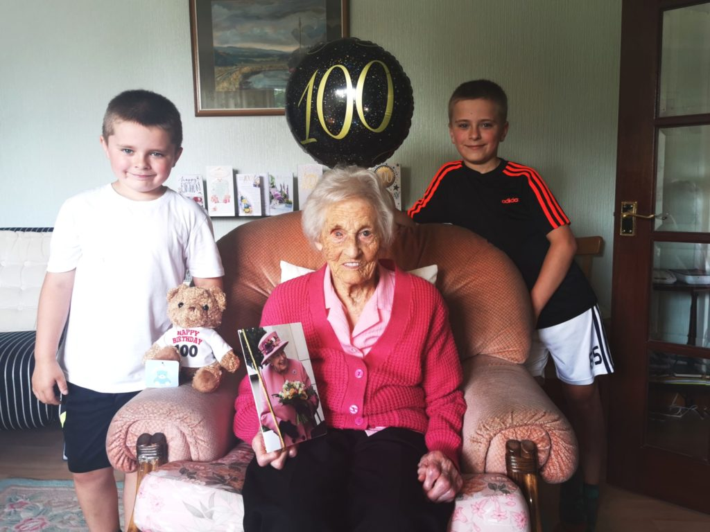 Pipers serenade Mary on her 100th birthday