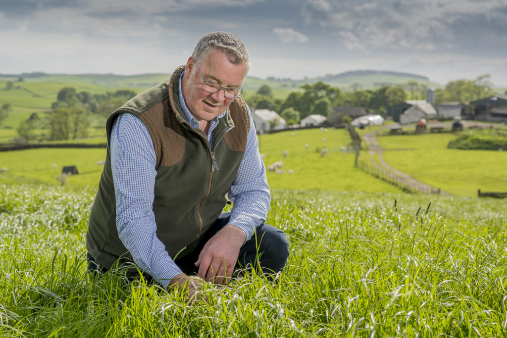 Farmers' leader thanks public for support