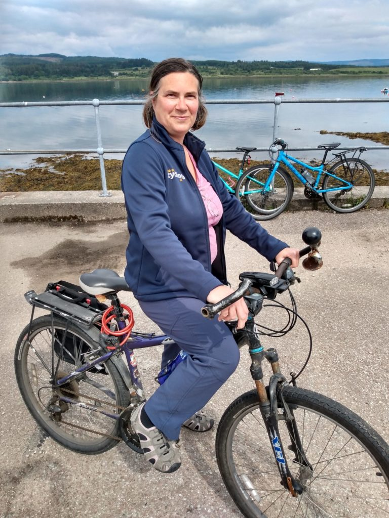 Now it's easy to cycle, with Aisa's help