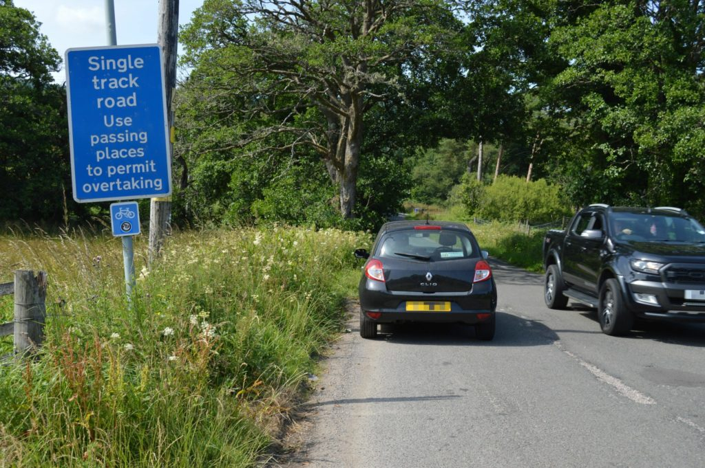 Behave on single track roads says sheriff