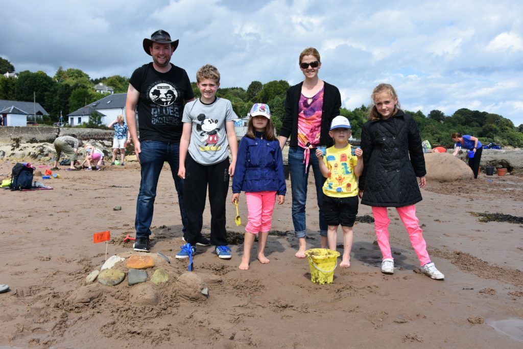 The Gow family return to Whiting Bay where they met in 1994. Now with a family of their own, they still regularly visit Arran where their families have holidayed for over 100 years.