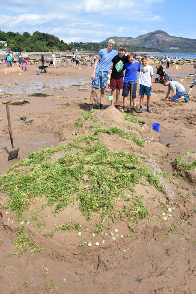 Highly regarded by the judge, team Banana Boys created a relief of Arran complete with satellite islands, golf courses, the String and Boguille roads and Machrie standing stones.