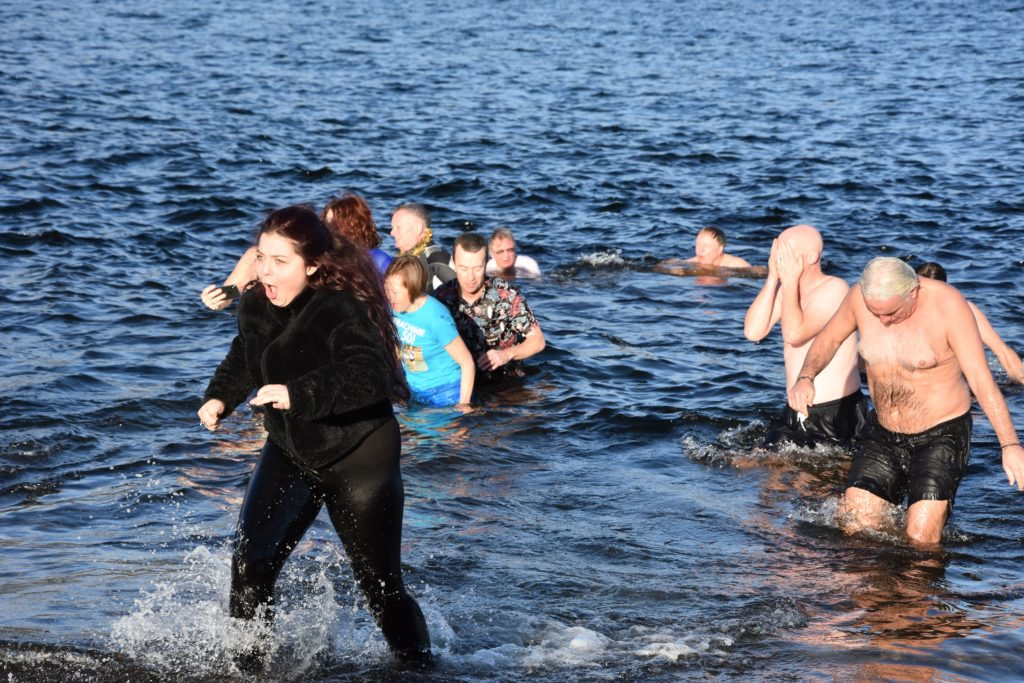 An expression defines how this dooker found the temperature of the water.