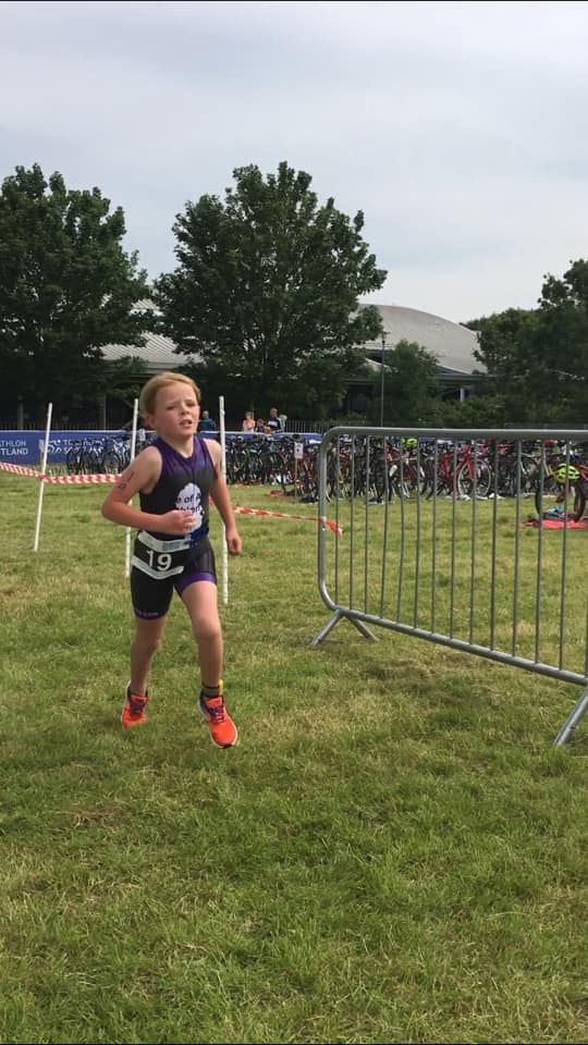 Isla nears the end of the triathlon having worked her way up into third position.
