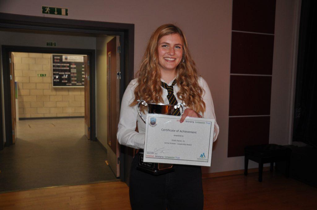 Eilidh Hamill with her active schools leadership award.