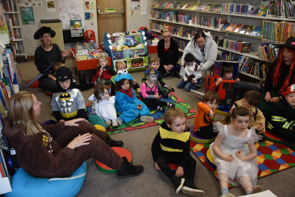 Brodick Nursery children enjoy a Hallowe'en themes Bookbug visit at the library.