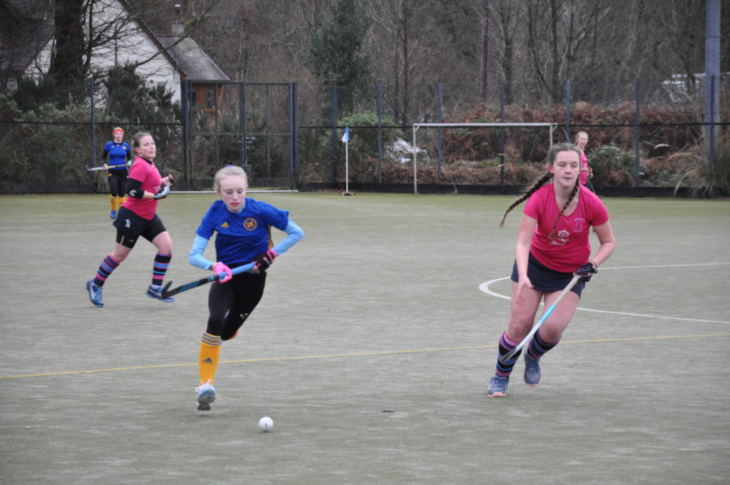 Elyse Aitken gives chase as Uddingston go on the attack.