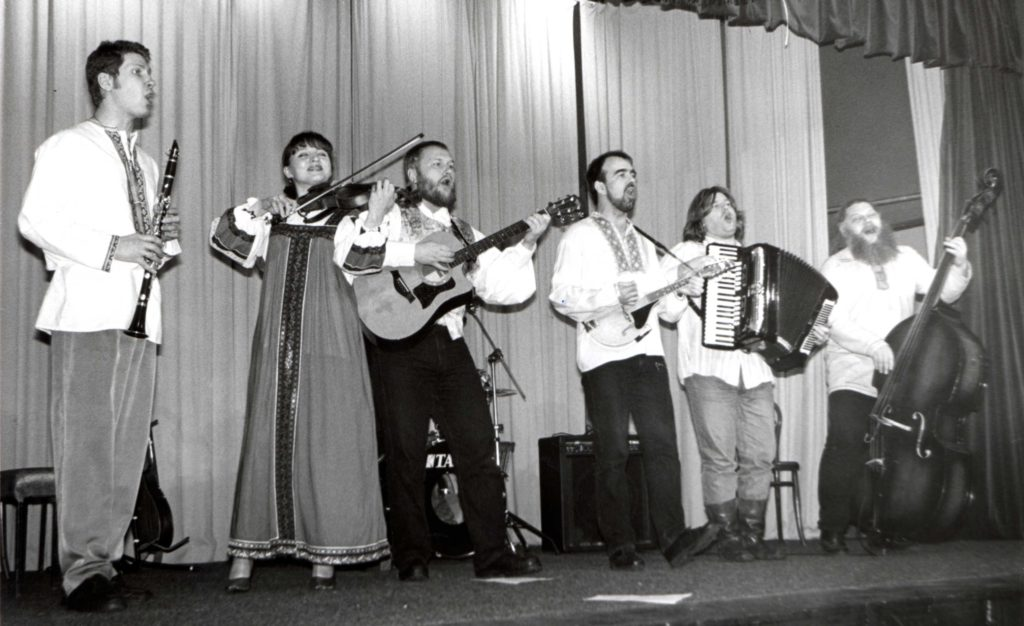 Russian folk group Myllarit entertained a full house in Whiting Bay Hall last Saturday night. Literally translated as The Millers, the six men and one woman are from Petyrozavodsk in the Republic of Karelia, close to the Russian/Finnish border.