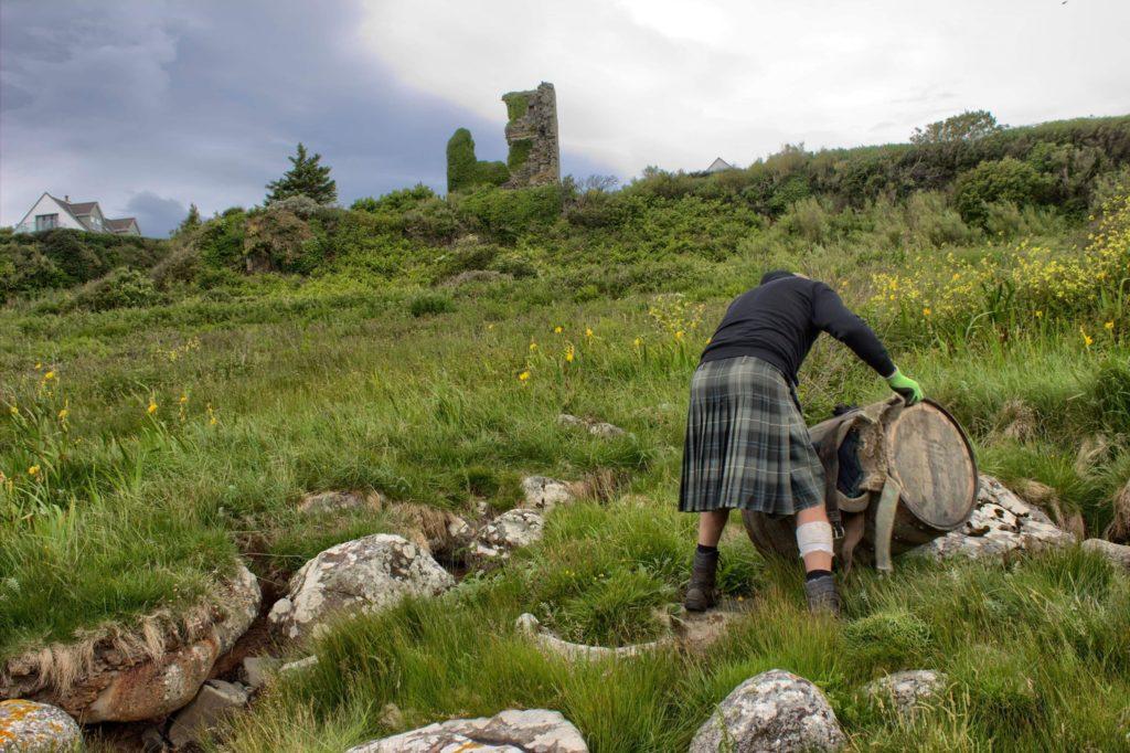 Davy reaches Kildonan Castle.
