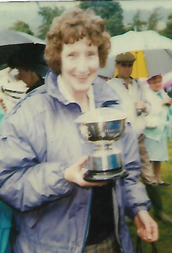 Janet with a trophy at the 1988 Arran show.