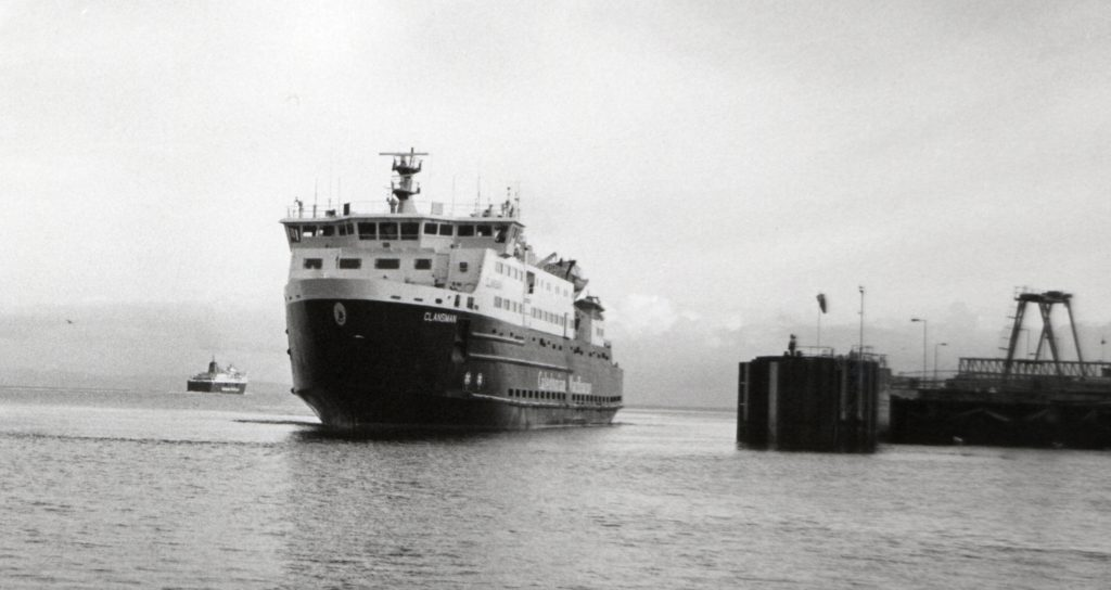 It is not often that two of CalMac's bigger ships can be seen in Brodick at the same time. Last Friday the Clansman arrived to take over the service as the Caledonian Isles sails off in the distance heading for the Tyne for her annual overhaul.