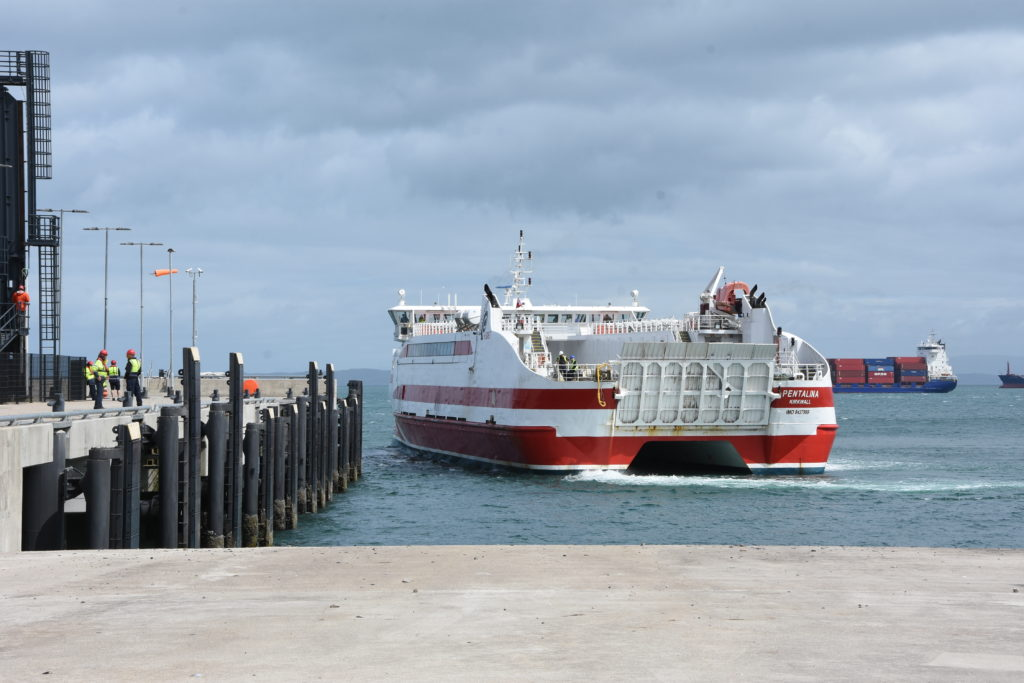 The MV Pentalina approaches the other side of the pier, but did not dock.
