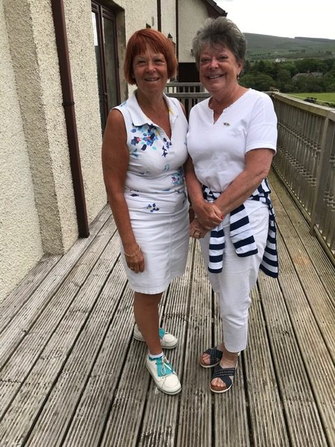 Winners of the SWI 18 Hole Competition, Clare Buchanan and Jerry Arthur.
