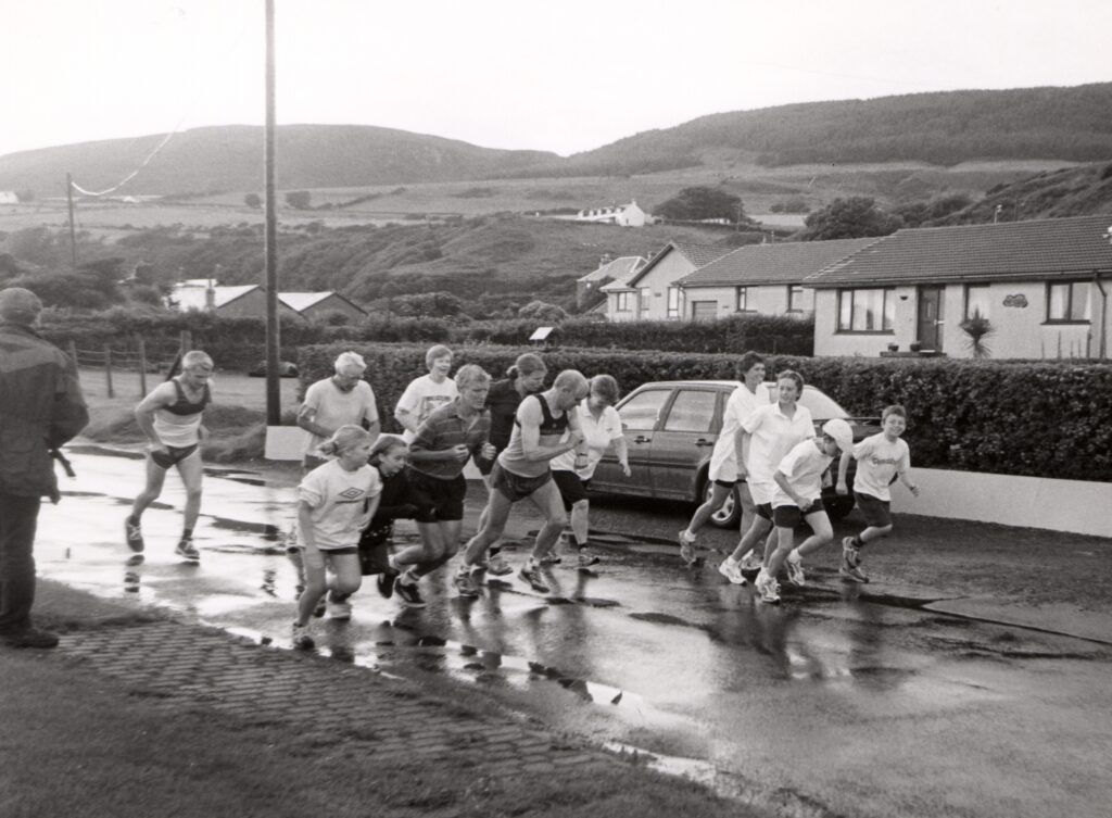 Runners set off on the Kildonan fun run which is just one of the many events held during the village's fun week.