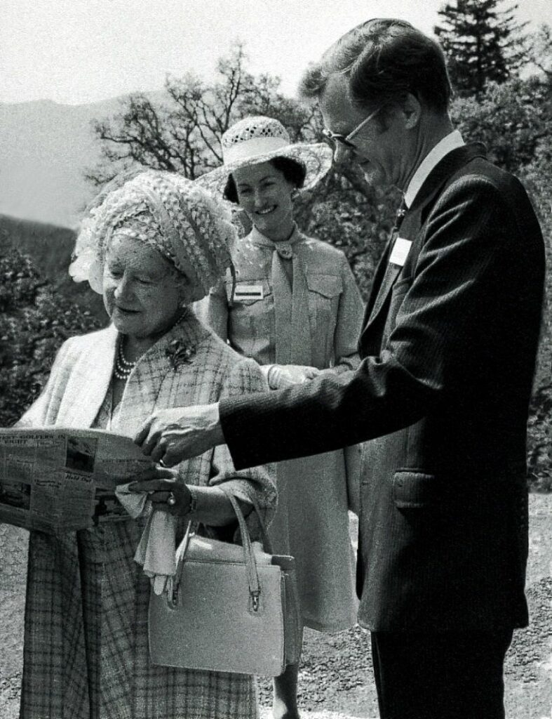 John and Wilma Forgie meeting the Queen Mother.