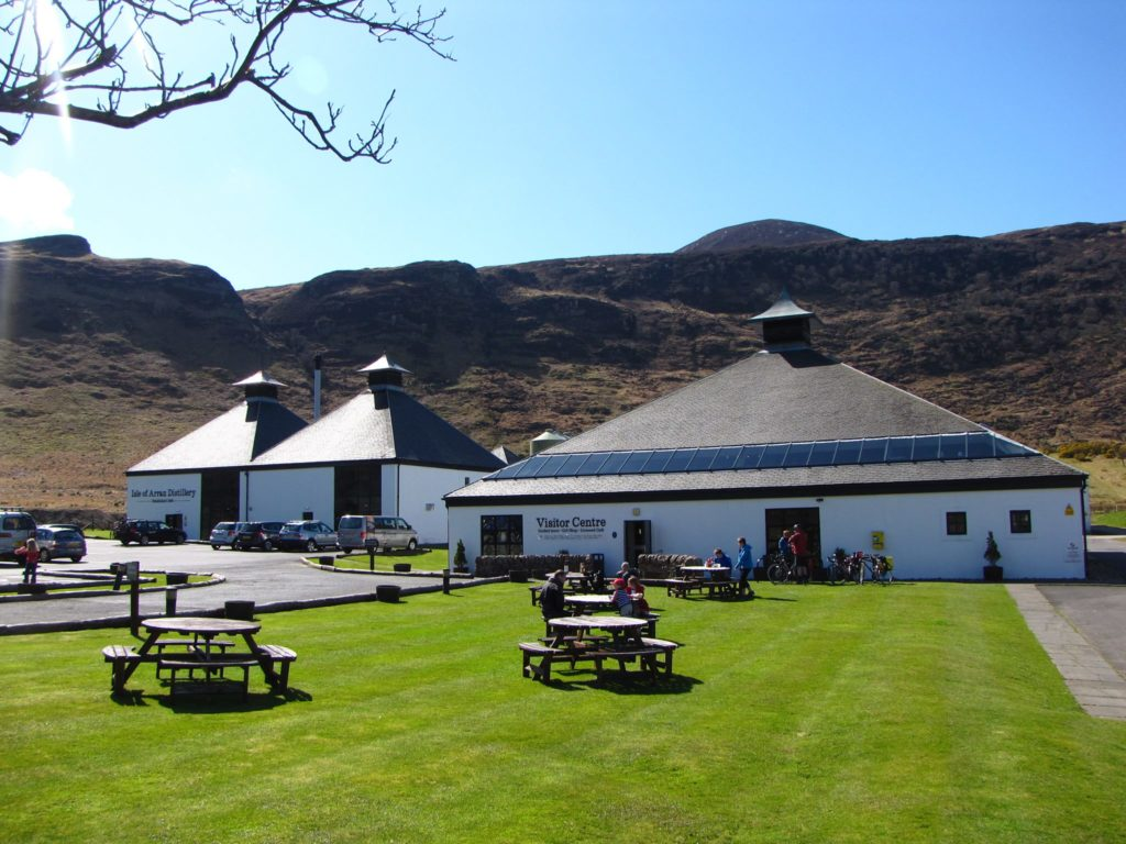 Whisky industry wants time called on tarriffs