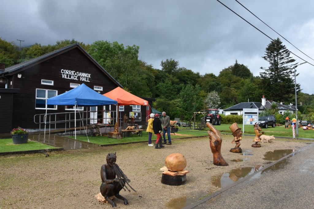 Woodworkers inspire at Corrie festival