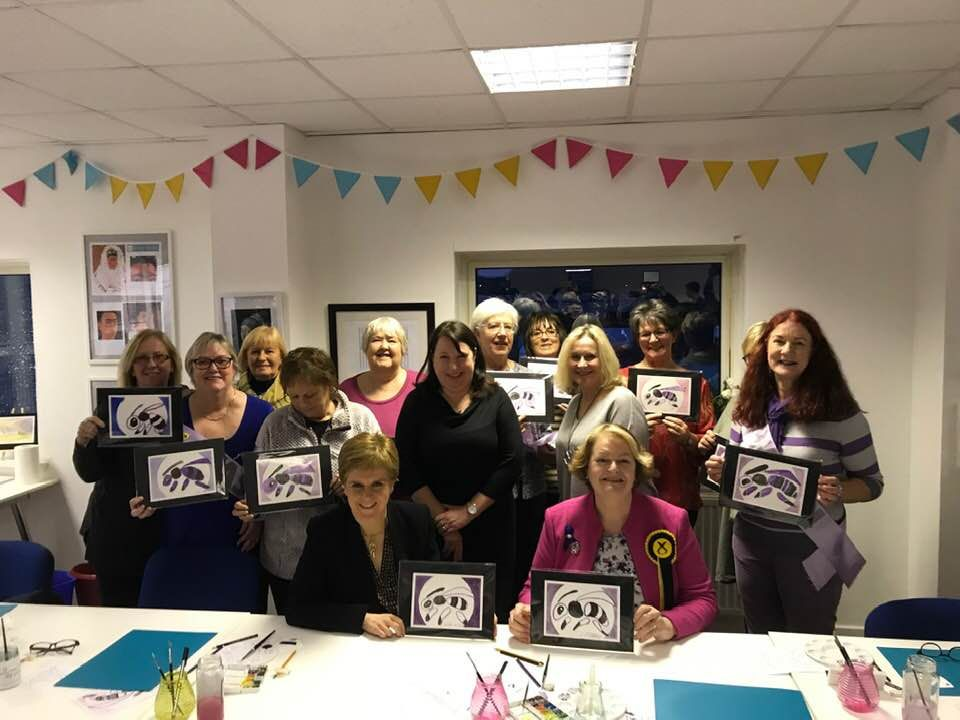 First Minister visits Waspi group
