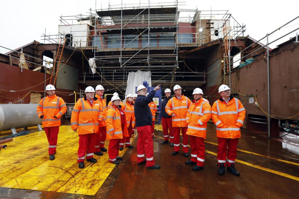 Holyrood probe committee visits troubled shipyard