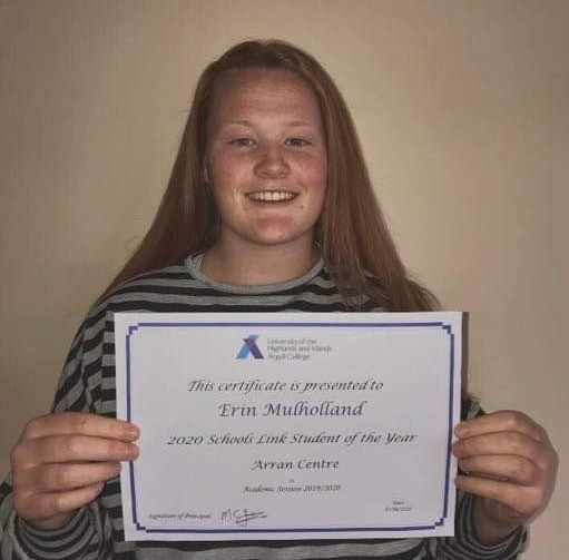 Erin lifts student of the year award