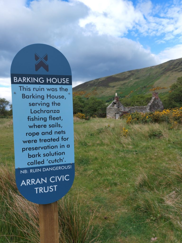 New signs tell tale of barking houses