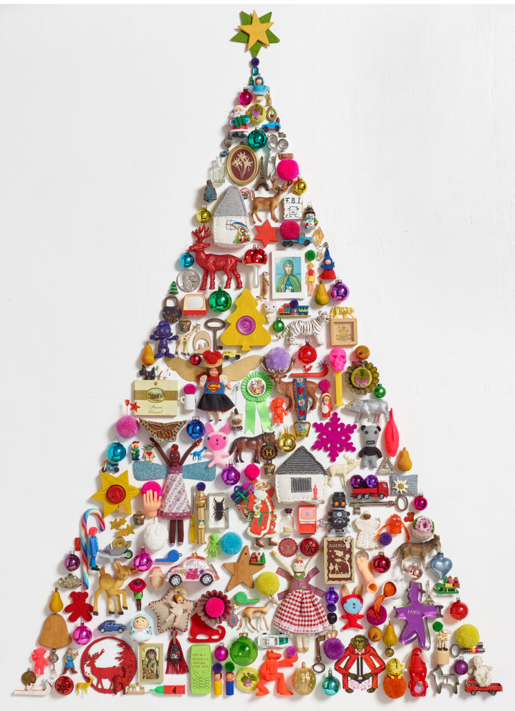 Christmas tree wall tattoo with toys attached