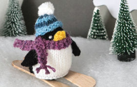 Penguin project from Tiny Christmas Toys To Knit