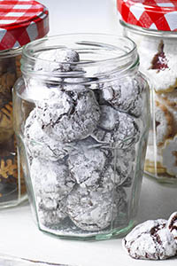 choc cherry crinkles, chocolate mounds covered in icing sugar. Bonne Maman mini festive treats
