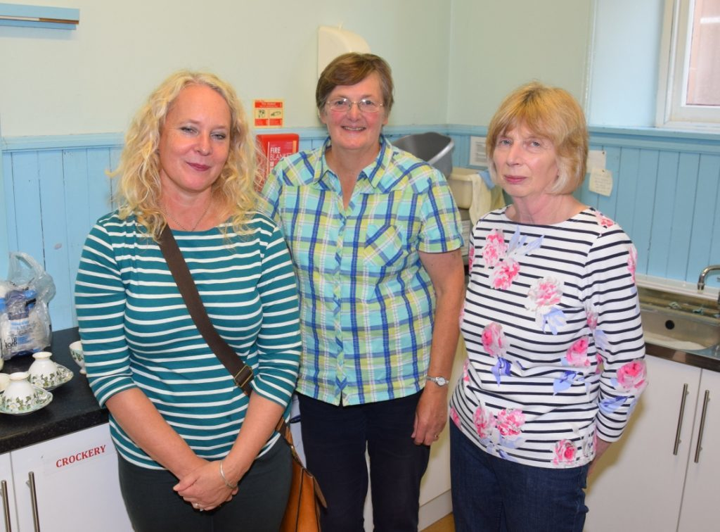 Sarah Campbell, Margaret Sinclair and Fiona Armour worked hard behind the scenes. 50_c37glenbarr04_kitchen p18