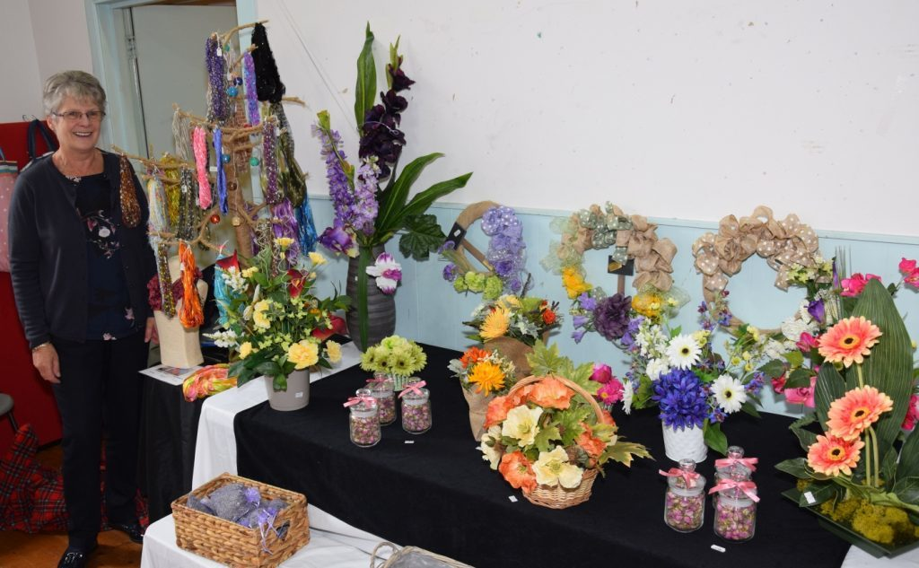 Catherine Ralston's colourful floral displays and jewellery brightened the hall. 50_c39crafters04_catherine ralston