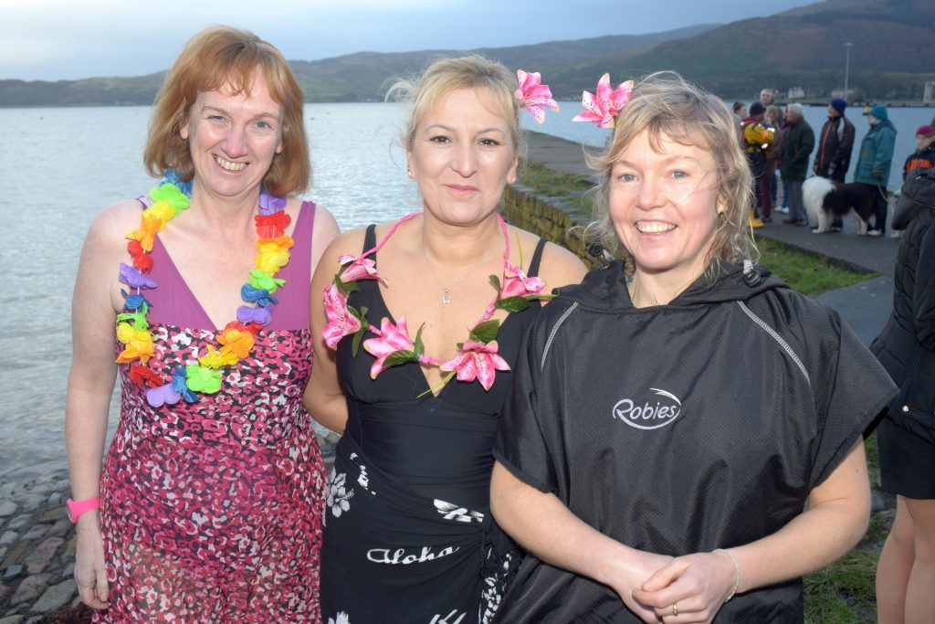 Mairi Cosgrove, Jowita Kolibska and Ailsa Clark who took to the water in a bikini. 25_c522018dip10_mairi_cosgrove_Jowita_Kolibska_Ailsa_Clark
