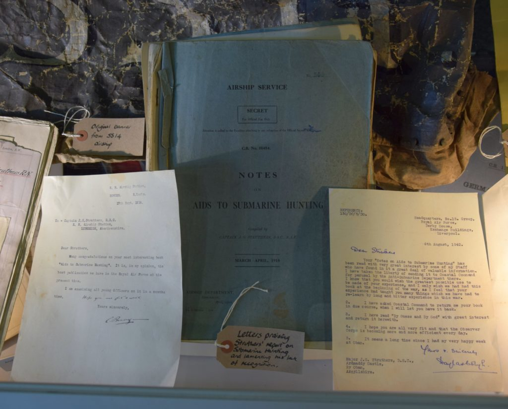 'Notes on Aids to Submarine Hunting', a report by Major Struthers, accompanied by letters praising its importance and lamenting on his lack of recognition.
