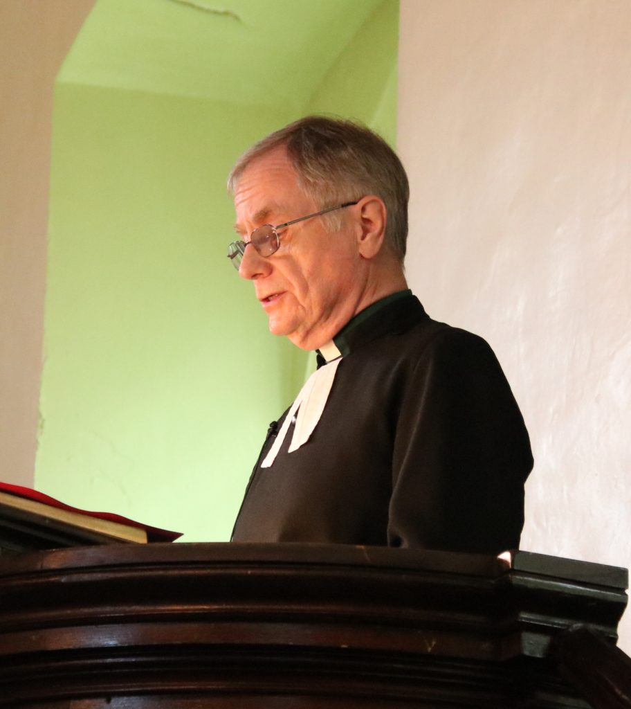 Rev Roddy McNidder spoke at both services.