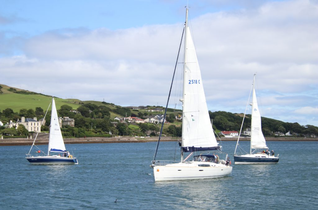Billy McFadyne's Southern Sun between Toome Raider, left, and Oisin, right.