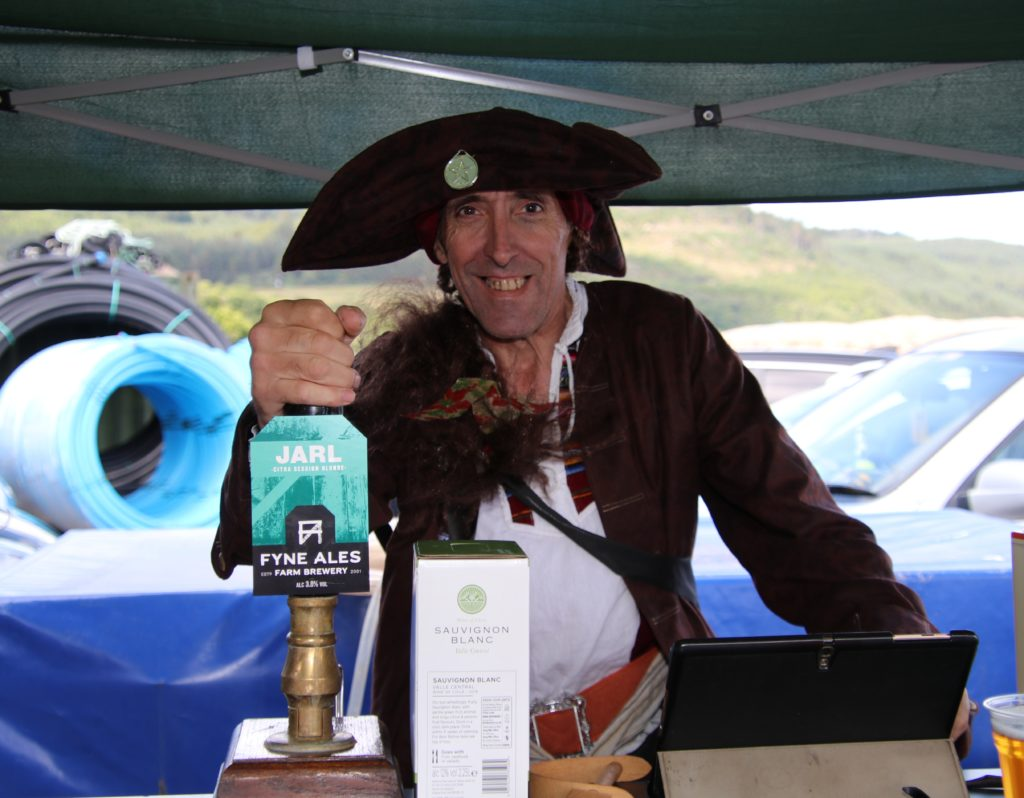 Ian McGhie sold pints to punters in pop-up bar, The Clam Dredge.