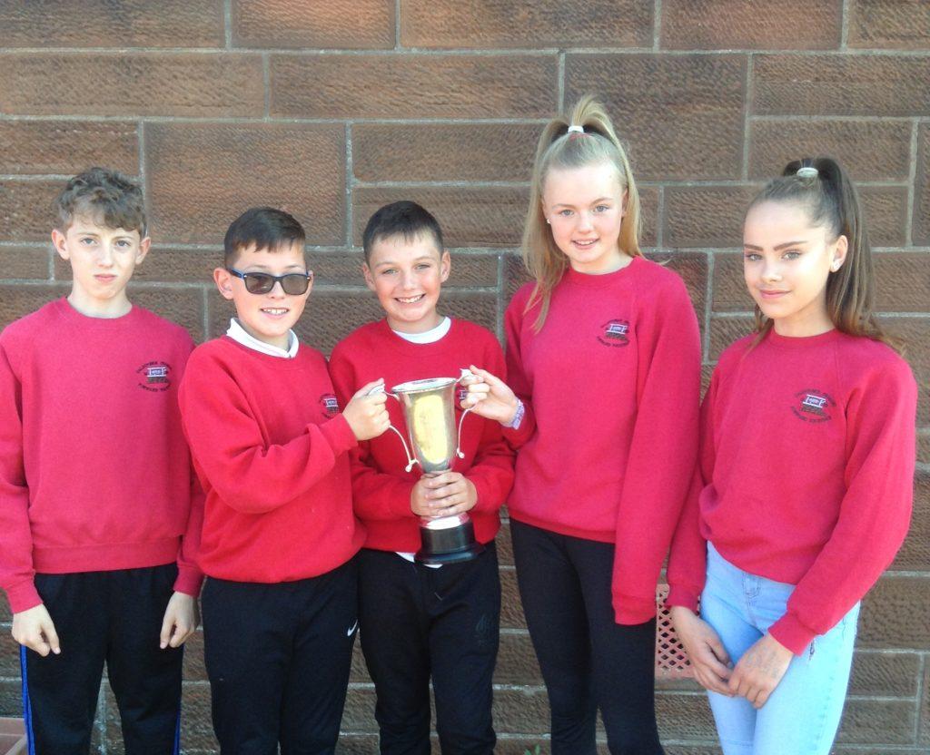 P7 inter-schools relay competition winners, Dalintober A Team's Conor Morris, Kris Fleming, Cameron McMillan, Evie Judge and Errin Green.
