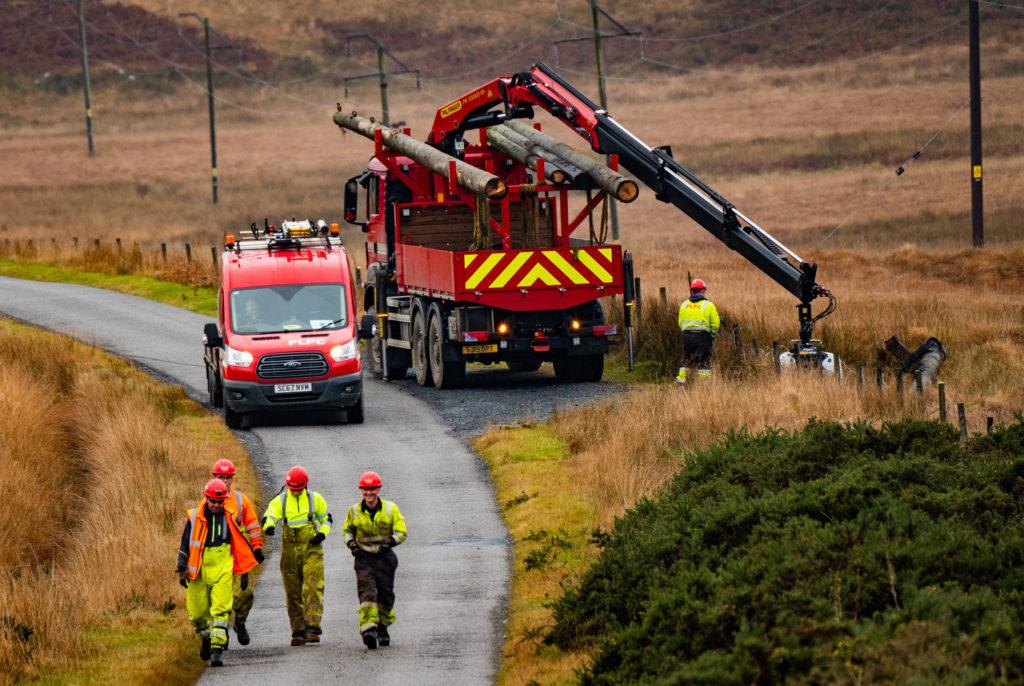 PLPC teams working on the Jura overhead line upgrade.